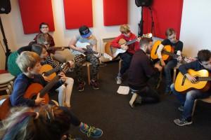 Children's Guitar Group